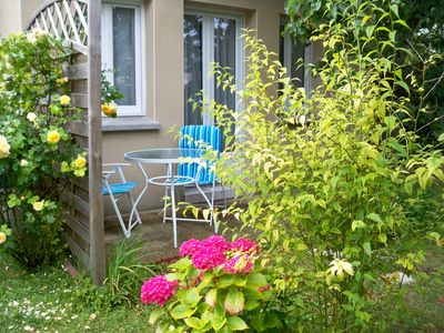 Photo for Maisonette in garden, 150 meters from the beach