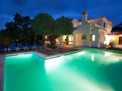 Photo for 4 bedroom detached villa with private pool - Quinta do Rosal