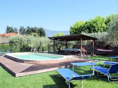 Photo for 4 bedroom Apartment, sleeps 10 with Pool, FREE WiFi and Walk to Shops