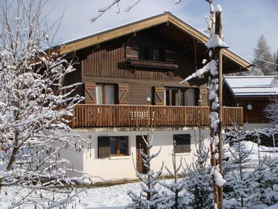 Photo for Lovely Chalet on the ski slopes, 2 lounges, ski-boot warmers, table football ...