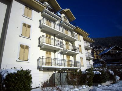 Photo for Superb modern 3 bedroom apartment in St Gervais centre, great views & free WiFi
