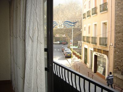 Photo for Nice studio closed terrace in the heart of the city