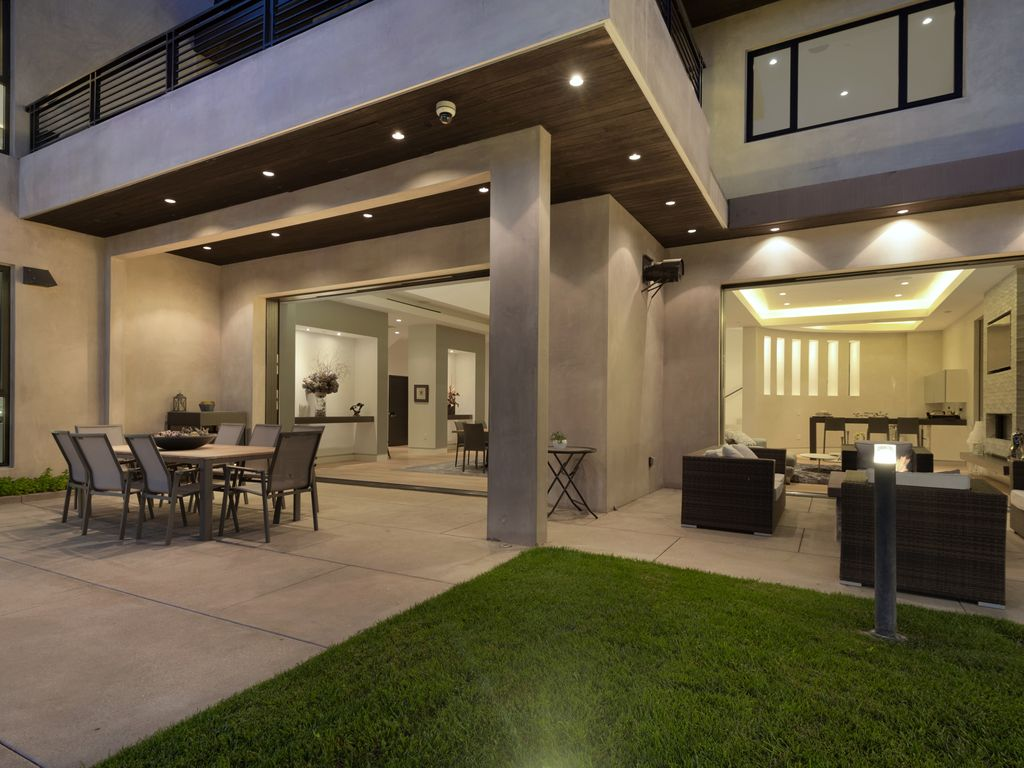 Superb Property Image#5 A 7 Bedroom Gated Architectural Masterpiece. Crown Jewel  Of Hollywood Design Ideas