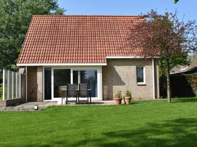Photo for In a quiet location and a detached 6-person house with garden on 500 m2