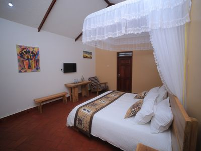 Photo for Ihamba Cottages (Deluxe)
