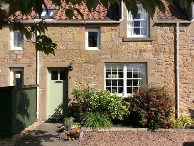 Photo for 2 bed cosy Cottage in stunning Kingsbarns near golf and St Andrews