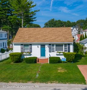 Photo for New Listing!  Steps to Footbridge Beach in Ogunquit, 2 bedroom cottage