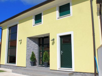 Photo for Modern bright villa with pool in a quiet location in the medieval village Bale