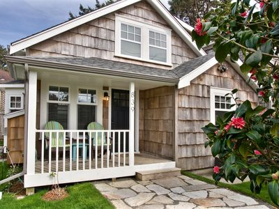 Photo for Cozy Cottage, 1 block from Beach and minutes from Downtown Cannon Beach