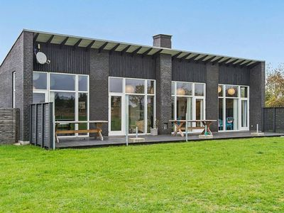 Photo for Luxurious Holiday home in Jutland with whirlpool and garden seating