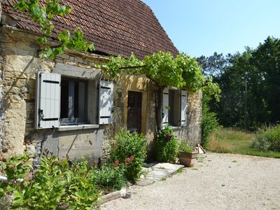 Photo for Luxury country cottage close te lively village on Lot Dordogne border