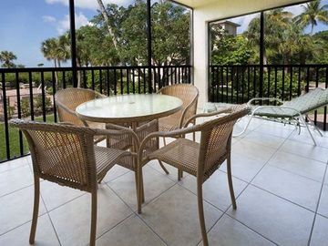 Tarpon Beach Condo, Sanibel Island, FL, USA