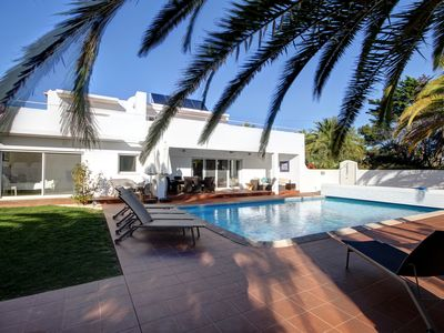 Photo for 5BR Villa Vacation Rental in Carvoeiro, Lagoa