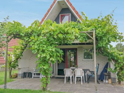 Photo for 6 pers. holiday home close to the National Park Lauwersmeer