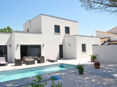 Photo for Modern villa 8 people, 4 bedrooms, swimming pool
