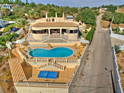 Photo for Traditional villa with brand-new kitchen and modern furniture, nr. restaurants