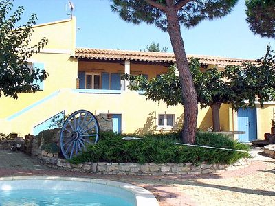 Photo for 3 bedroom Villa, sleeps 6 in Vauvert with Pool and WiFi