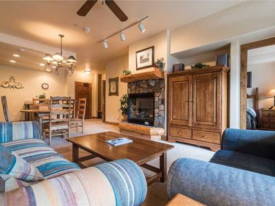 Photo for Easy Mtn living! Right by the Pool at Timberline Lodge SUMMER SPECIALS! TL2112