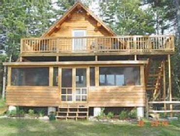 Photo for 3 Bedroom Waterfront log cabin home, with canoe, paddleboat & 3 kayaks included