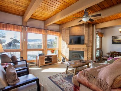 Photo for Cozy yet Elegant Mountain Home - 5 Hot Tubs - Free Shuttle - Discount Lift Tix
