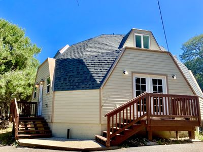 Photo for Charming Dome Home ★ Bright & spacious!