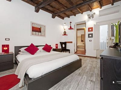 Photo for Friendly Rentals The Flower III Apartment in Rome