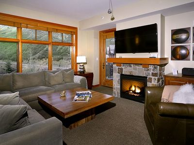 Photo for LUXURY CAPITOL PEAK LODGE SKI-IN SKI OUT LOCATED STEPS AWAY FROM GONDOLA 1BED