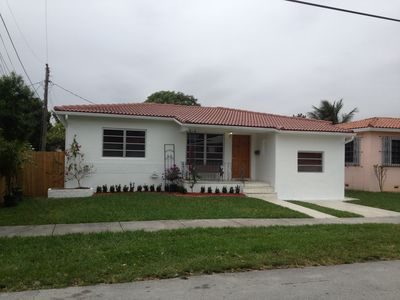 3/2, Coconut Grove House, Completely Remodeled and Newly Furnished.
