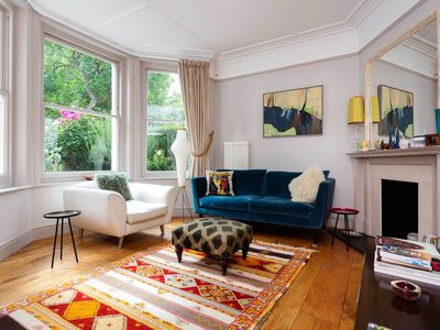 Photo for Colourful and vibrant 2 bed apt in Highbury. 15 minutes to Oxford Circus (Veeve)