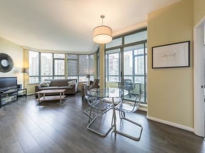 Photo for D81 - 2 bedrooms in the heart of downtown