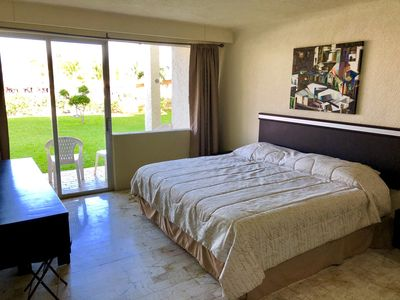 Photo for 3 BED, 2 ROOM, 2 BATH IN ZONA HOTELERA