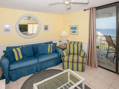 Photo for 1/1 with gulf views! Outdoor pool, hot tub, pier and deeded beach access.