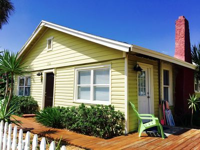 Photo for Beachouse Close to Shopping/Dining/Streetlife. Steps2Beach.WiFi.BoatRental.Golf