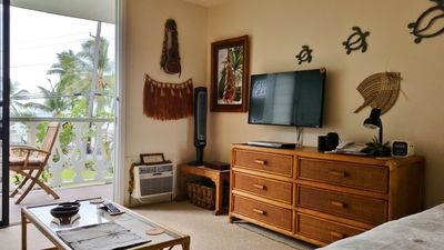 Photo for Kona Islander,  Beautiful, Clean, Well Decorated Oceanfront studio