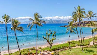 Photo for Hawaii Life Presents Whaler 508 Ocean view/BlackRock View 1BR/2BA