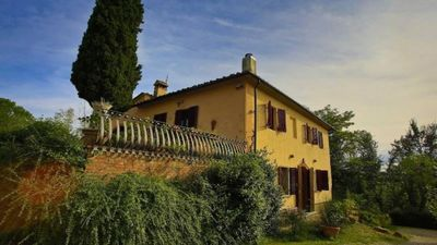 Photo for 26BR Farmhouse Vacation Rental in CASTELFIORENTINO, Toscana