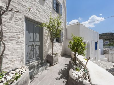 Photo for Traditional Stone House in Kostos