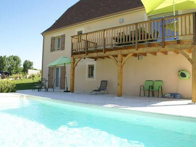 Photo for Ecological house in Saint-Cyprien (4 km) with bathroom heated pool