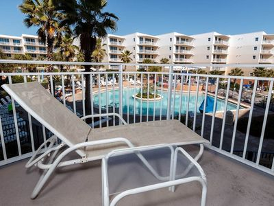 Photo for 1st Floor Picture-Perfect Condo On Okaloosa Island! Playground, 2 Hot Tubs