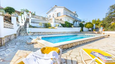 Photo for House with private pool in quiet area. Sea and mountain views.