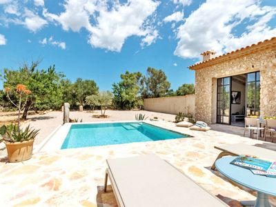 Photo for One bedroom Villa, sleeps 2 in Costitx with Pool and WiFi