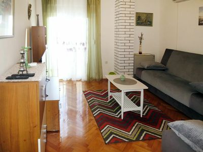 Photo for Nice apartment for 4 people with WIFI, A/C, TV, balcony and pets allowed