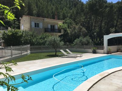 Photo for House in Cuges les Pins, absolutely quiet in the hill, with swimming pool