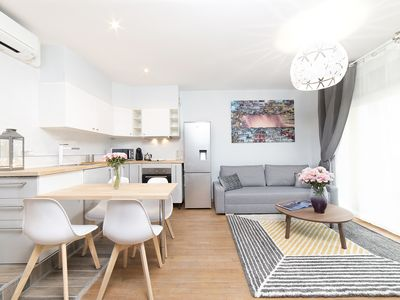 Photo for Near Paris & Metro / 3 Appartments / up to 12 pers / Air-conditioned / 3 Parkings