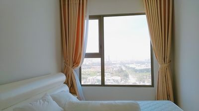 Photo for LUXURY RIVER VIEW- FREE GYM, SAUNA, SWIMMING POOL