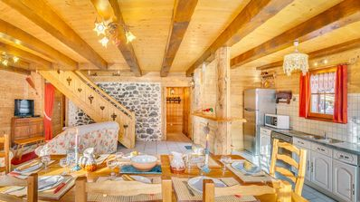 Photo for Semi-detached chalet for 8 people in the heart of the village of La Chapelle d'Abondance
