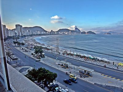 Photo for 5 rooms facing the Copacabana beach, Posto 6 with panoramic views.