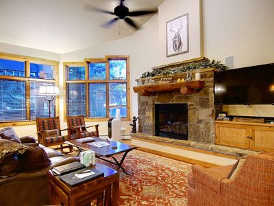 Walk to Mtn/Free Shuttle, Private Hot Tub, Heated Pool, Remodeled, Large, Quiet End Unit on Creek