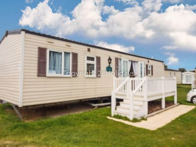 Photo for 8 berth dog friendly caravan for hire at Caister on sea in Norfolk ref 30062