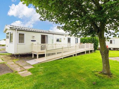 Photo for Wheelchair adapted 6 berth caravan for hire at Southview park Skegness ref 33084